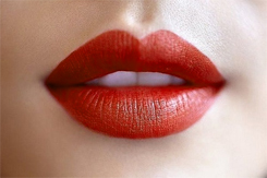 Warm Red Lips